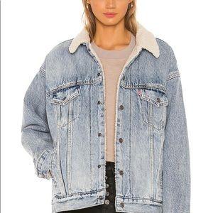 Levis Jean jacket with sheepskin lining